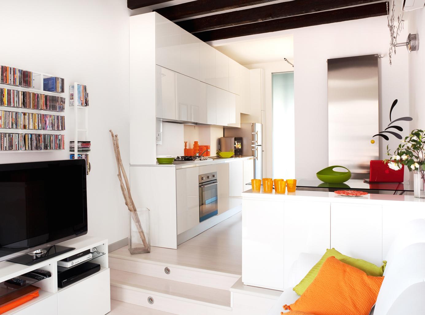 Come arredare un monolocale dassi arredamenti for Arredare appartamento di 100 mq