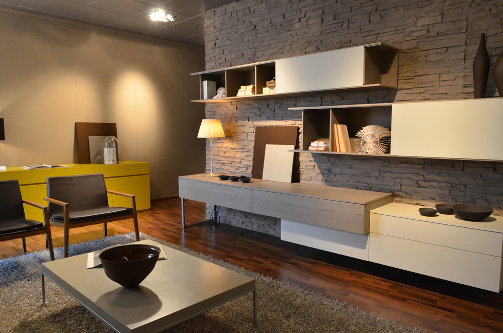 Showroom dassi arredamenti for Arredamento etnico lissone